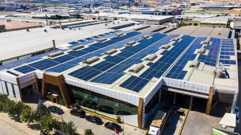 CW Enerji Türkiye'nin dört bir yanında çatıları GES ile donatıyor